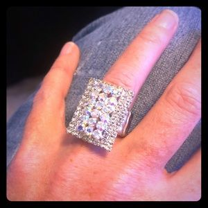 Jewelry - Bling Statement Ring